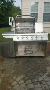 Kenmore Elite Natural Gas grill -Used only once!
