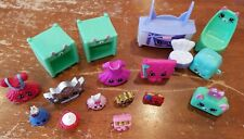 Lot of 17 SHOPKINS PETKINS TOYS
