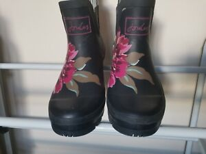 Joules Wellibob Floral Wellies Size 6 Used