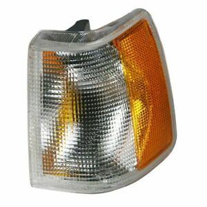 Left LH Park Signal Lamp Lens/Housing WO/ Fog Lamp fits 1991 1995 Volvo 940