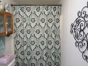 New Better Homes Fabric Shower Curtain 72x72 Newcastle Flowers Brown Sea Green