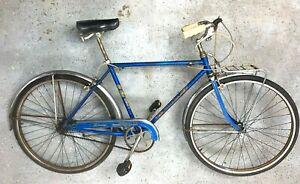 Schwinn 'Traveler' 3 speed, chrome fenders and front rack 56cm top tube vintage