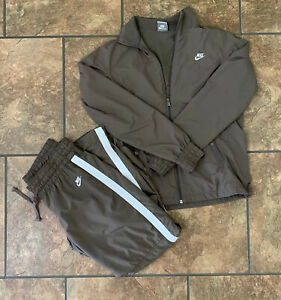 NIKE Two Piece Women's Medium Jogging Suit Track Suit Brown EUC Jacket Pants