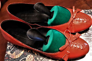 BALENCIAGA Red Patent Leather Shoes, Flat, 40, Scalloped, Stunning