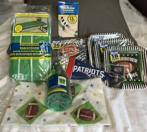 Patriots Football Party Pack Napkins Mini Pennant Tablecloth Cups Plates NEW D1