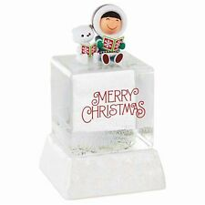 Hallmark FROSTY FRIENDS SNOW GLOBE Eskimo Husky Ice Cube 2016 Water SOLD OUT HTF