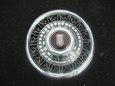one Mercury Marquis Ford Crown Victoria 15 inch wire spoke hubcap wheel cover