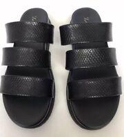Vera Wang Simply Vera Womens Size 8 Black  Sandals Flip Flops Slides Memory Foam