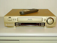 JVC HR-S7500 High-End S-VHS Videorecorder inkl. FB, 2 Jahre Garantie