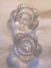 Paire de bougeoirs vintages en verre en forme de corolle diamètre 8 cm