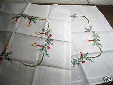2x Handbestickte Weihnachts-Mitteldecke Kerzen Kreuzstich Handarbeit