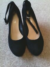 Womens shoes.  Black suedette wedge heels New 6