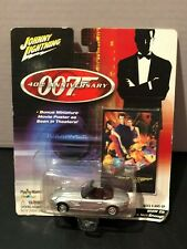 2002 - Johnny Lightning -James Bond-007- 'The World Is Not Enough' BMW Movie Car