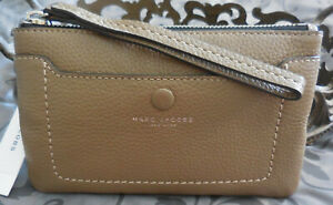 MARC JACOBS ~Empire City Leather Phone Wristlet~M0015040~FRENCH GREY~NWT $140