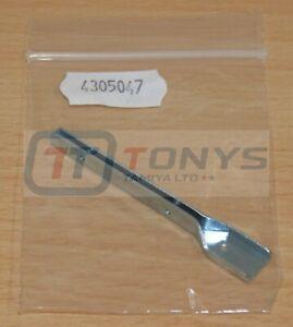Tamiya 58024 Sand Rover/2011/Street Rover, 4305047/14305047 Windshield Frame