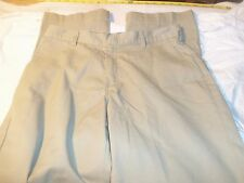 dickies 32 x 30 65% polyester 35% cotton not cuffed #369