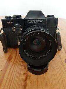Cosina SLR  Kamera  Spiegelreflexkamera mit  Auto -Revuenon 35 MM.