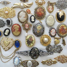 Huge Vintage Fashion 32 PC Cameo & Cameo Style Brooch Pendant  Lot