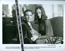 "RALPH FIENNES & UMA THURMAN ORIGINAL 1998 B&W 8x10 PRESS PHOTO ""THE AVENGERS"""
