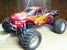 TEAM ASSOCIATED MGT  1:8 NITRO 4x4 MONSTER RC Truck w/ 4 Channel Reciever