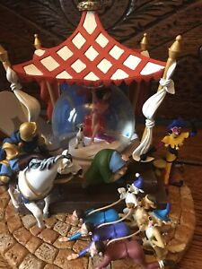 Disney Hunchback Large Snowglobe Limited Edition 248 Of 750 With Box And Packing