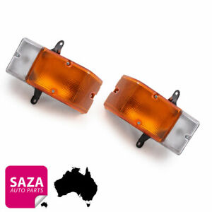 Pair of Front Corner Indicators Park Lights for Truck Toyota Dyna BU 1984-1995