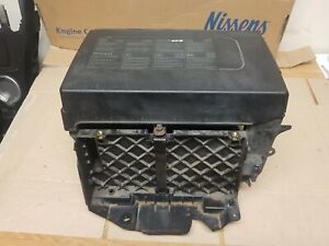 2011 RENAULT SCENIC 1.5 DIESEL BATTERY BOX T06009A180 / T06009A182