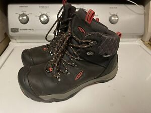 KEEN Women's Revel Iii Hiking Boot Black/rose Color Size 11