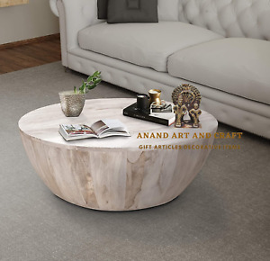 Wooden Cocktail Table Distressed Mango Wood Coffee Table in Round Shape