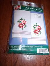 "FROSTY SKATING Snowman Polka Dot Tobin Stamped Accent Towels 18/"" x 28/"""