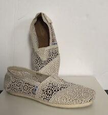 Toms Shoes 7.5 Womens Slip on Ivory Crochet Earthy Bohemian Festival