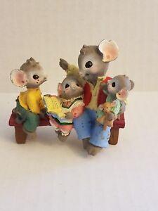 Mousekins Burroughs Storytelling To Children Figurine