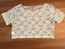 LADIES CUTE WHITE LACE SHORT SLEEVE  CROP TOP BY SUPRE SIZE S 12/14