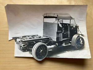 Rare 1923 Photograph Of An A.E.C. Y Type Vehicle Tractor Trailer With Turntable.