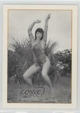1994 21st Century Archives Bunny Yeager's #50 Bettie Page Non-Sports Card 1k3