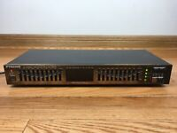 Pyramid SEA-9700 10-Band Stereo Graphic Equalizer Spectrum Display Vintage RARE
