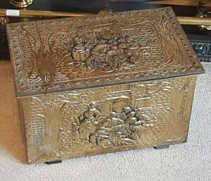 Vintage Embossed Brass Coal Box Wood Lined Log Storage Kindling Chest Hinged