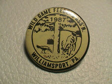 1987 WILD GAME FEEDERS WILLIAMSPORT PENNSYLVANIA CLUB GUN HUNTING FISHING PIN