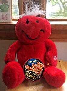 Dan Dee Tickle Tickle Wiggle Wiggle Stuffed Plush Toy Red Smiley NEW