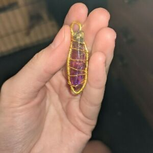 Rainbow Quartz pendant (necklace included with it)