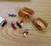 Vintage 1981 mini Guatemalan Worry Dolls in a BOX - Hand Made Mayan Trouble Doll