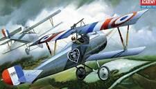 Academy NIEUPORT 17 Escadrille N.65 1916 & Guynemer 1917 Modell-Bausatz 1:32 NEU
