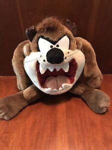 Tazmanian Devil Plush Stuffed Toy Everyone Loves to Get Applause