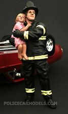 American Diorama 1/24 Firefighter Fire Figure Saving A Life Holding Child 77510