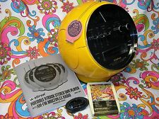Yellow Weltron 2001 Space Ball 8 Track Tape Player Stereo AM/FM Radio SEE VIDEO!