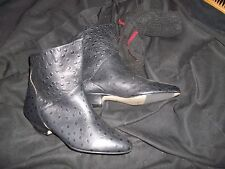 Catleia Boundary Waters women's leather ankle boot, made in Brazil, size 7B