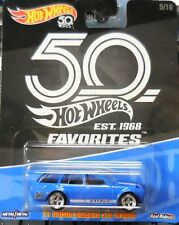 2018 Hot Wheels Favorites 50 Years Volkswagen 1971 Datsun Bluebird 510 Wagon