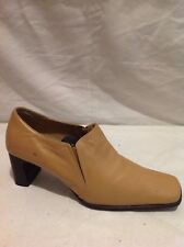 Lilley&Skinner Beige Ankle Leather Boots Size 6