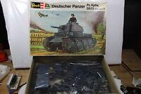 Revell H-2102 Deutscher Panzer 38t  1:35 OVP mit Lagerspuren
