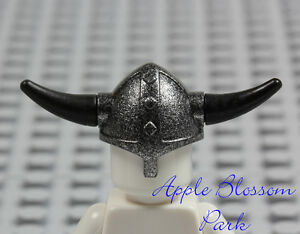 NEW Lego Castle Minifig BLACK VIKING HELMET - Speckled Silver Hat w/Spike Horns